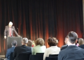 Professor Dr. Godehard Kayser, Vorsitzender des 9. Zivilsenats des BGH, hält am Vormittag die Laudatio