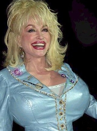 dolly-parton-breast-implants