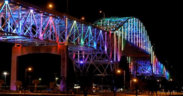 Harbor-Bridge 1