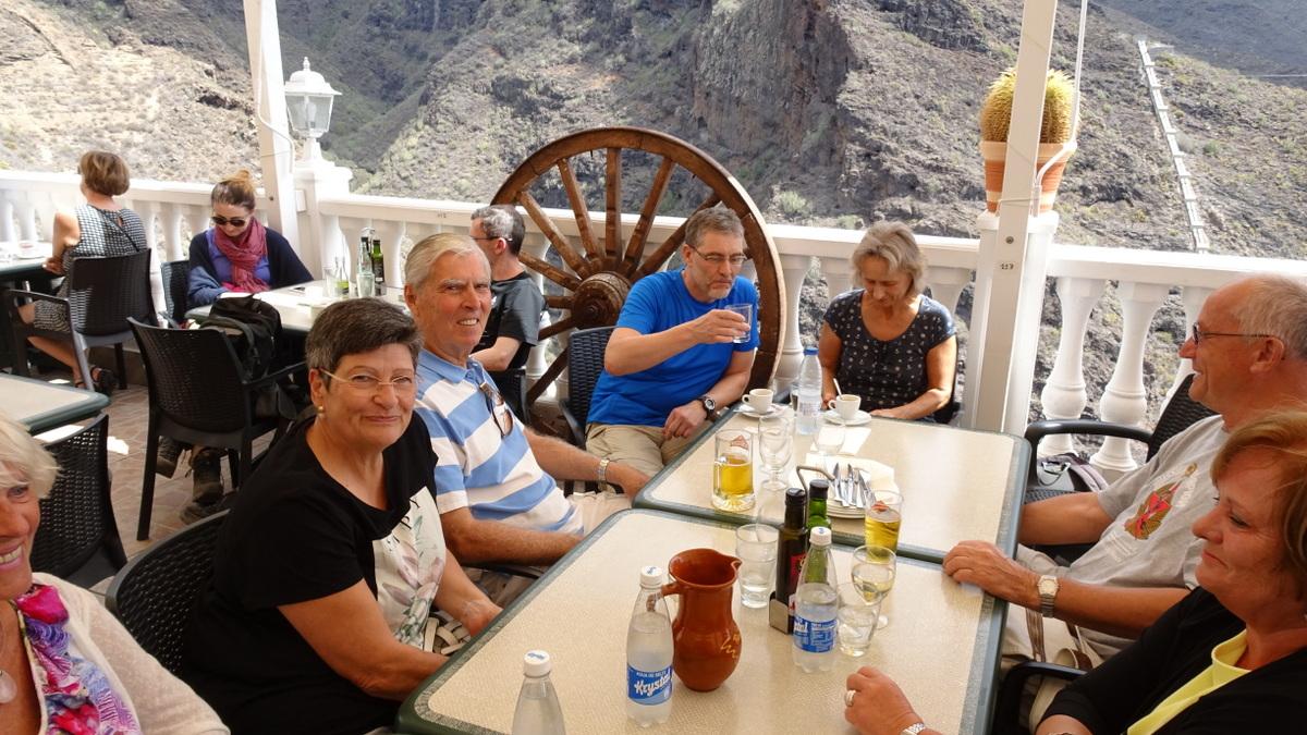 Rechts neben Uschi: John, Alex, Anett, Peter, Marlies