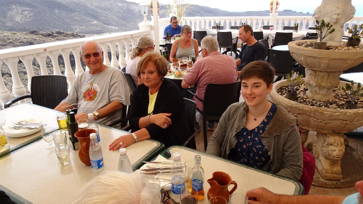 Rechts im Bild die Enkeltochter von Birgit und John, Aaliyah